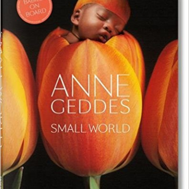 Anne Geddes: Small World (Multilingual Edition)