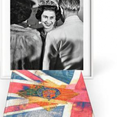 Her Majesty. Vivienne Westwood Edition 'Royal Greeting'
